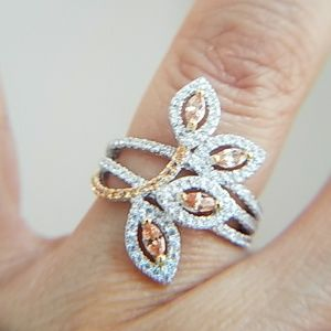 Jewelry - Leaf flower Ring Band with CZ